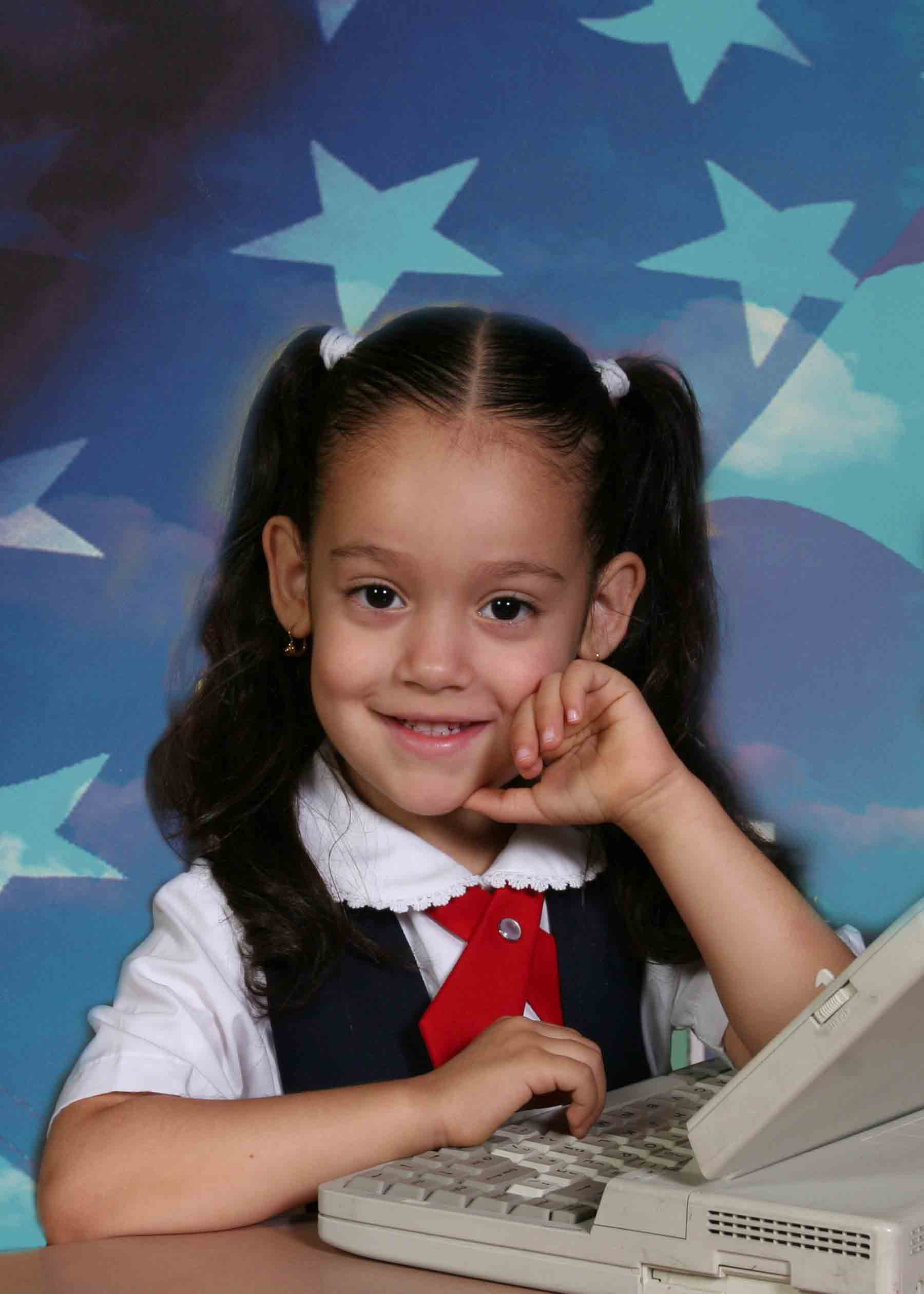School Portraits From Greater Nyc And Long Island Nurseries Preschools Schools Seniors Sports Camps Professional Photography Company